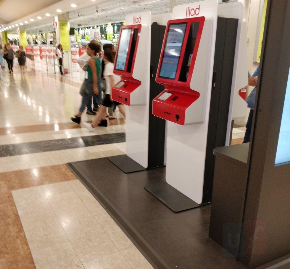 Corner Iliad Auchan Merate